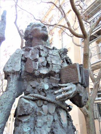 Statue de Mihai Eminescu
