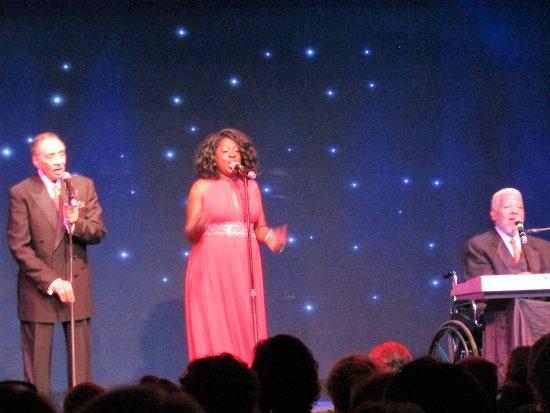 Hudson, FL: The All-Star Platter Revue...great entertainment