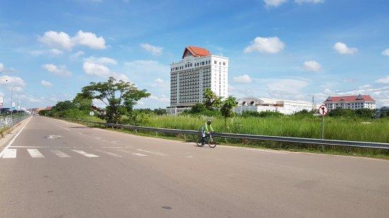 Провинция Вьентьян, Лаос: Лаос, Вьентьян, набережная Меконга