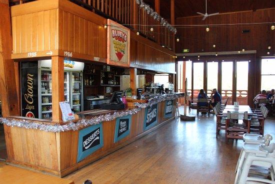 Caloundra, Australia: The restaurant bar