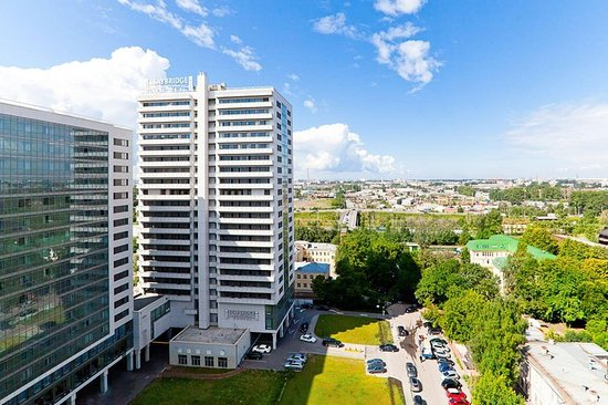 Staybridge Suites St. Petersburg: Hotel Exterior