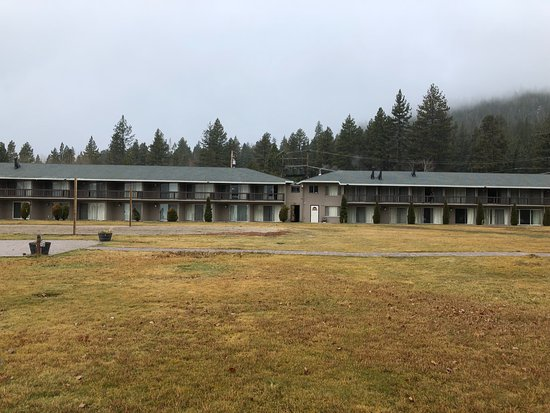 """Tahoe Vista, Калифорния: This is what they call """"The Lanai"""" we called it Cel Block D"""
