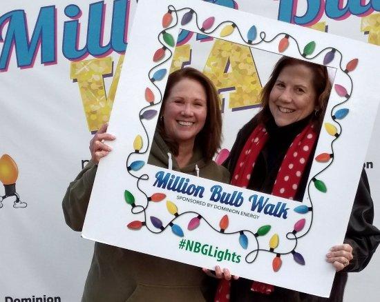 Norfolk Botanical Garden: Million Bulb Walk 2017