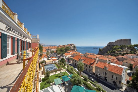 Hilton Imperial Dubrovnik: Old Town View from the Terrace