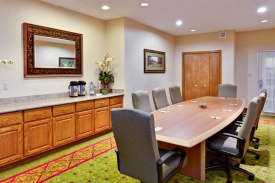Holiday Inn Express Hotel & Suites - Daphne-Spanish Fort: Boardroom