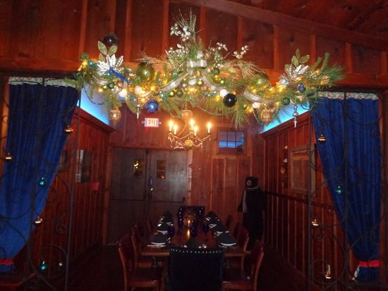Lyons, NY: The blue room - complete with stylish bear, ready for winter :)