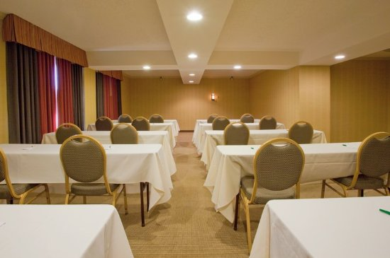 Holiday Inn Reno-Sparks: High Sierra Meeting Room on the 9th Floor - 1090 square feet