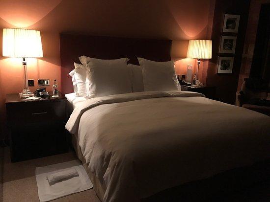 Four Seasons Hotel London at Park Lane: photo2.jpg