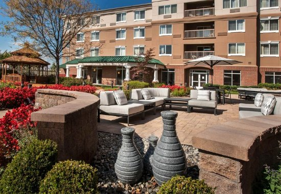 Basking Ridge, NJ: Outdoor Patio