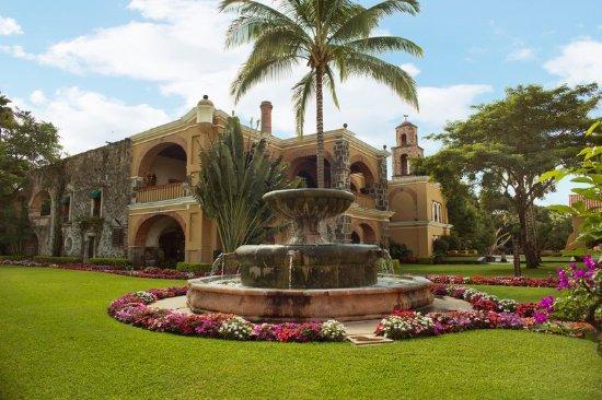 Fiesta Americana Hacienda San Antonio El Puente Cuernavaca: Garden