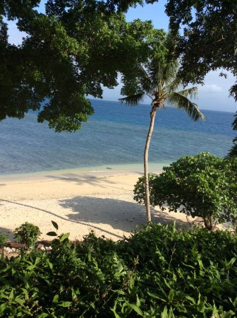 Royal Davui Island, Fiji: view from restaurant