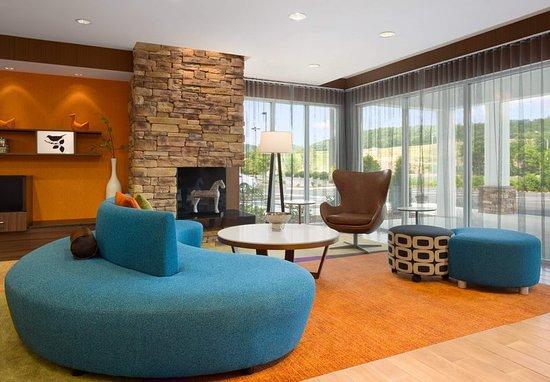 Bristol, Tennessee: Lobby Area