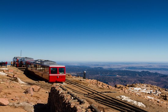 Pikes Peak Parking >> Trains Parked At The Top Before Heading Back Down Picture Of
