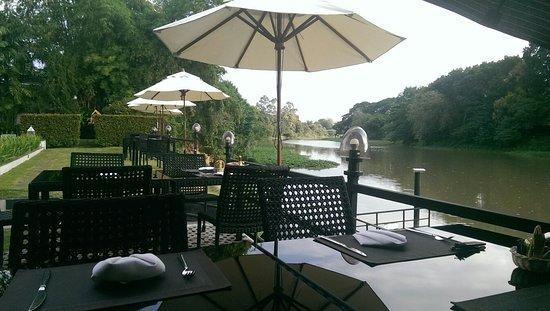 Aruntara Riverside Boutique Hotel: IMAG0537_large.jpg