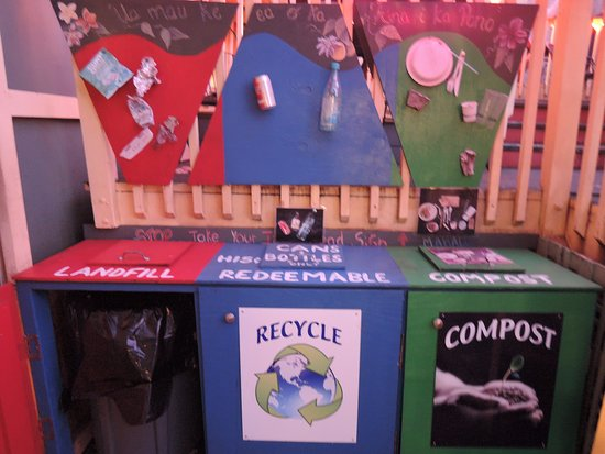 Hawi, Hawaï : I loved the way they recycle, even compost leftovers and utensils! :)