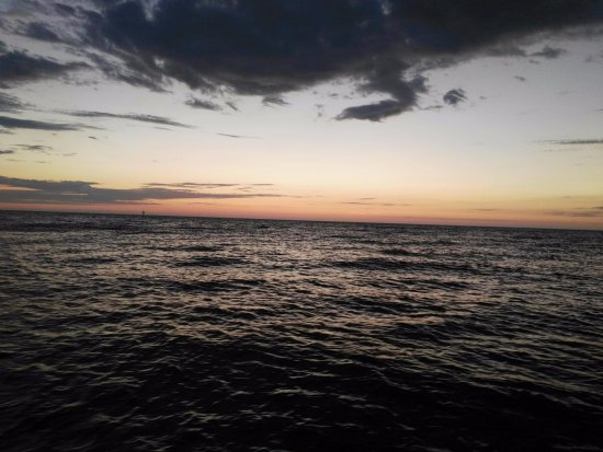 Temptation Sailing : The last of the sunset