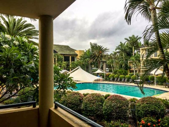 Mercure Gold Coast Resort: View from my room on the first floor of one of the pools