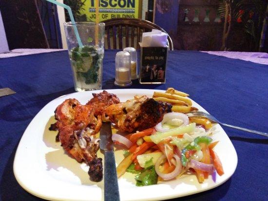 Seaview Resort: Блюдо ресторана - курица тандур