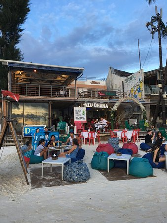 Niu ohana bar resto malay restaurant reviews phone for Food bar ohana
