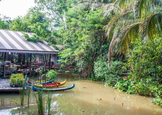 Провинция Накхон-Ратчасима, Таиланд: บรรยากาศภายในสวน