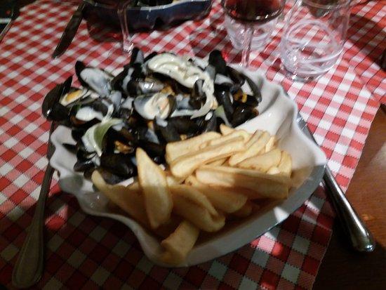 Restaurant de l'hotel Croix Blanche : Cozze!!!