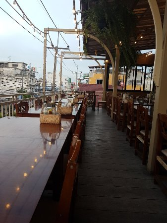 Hua Hin Seafood : Upstairs Terrace