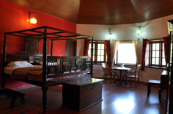 Interior - Picture of Tea Planters Bungalow Suryanelli, Munnar - Tripadvisor
