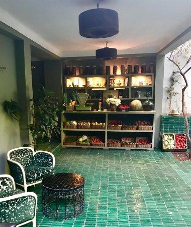 Le jardin marrakech rue haroun errachid restaurant for Restaurant jardin marrakech