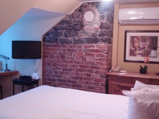 Hotel Acadia Photo