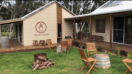Kingscote, Australia: The Islander Estate Cellar Door 4