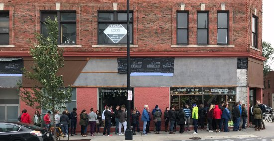 Short Stack Eatery: A Long Line