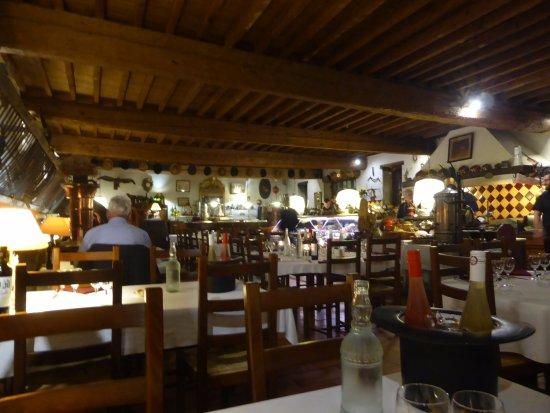 Cavanac, France: Salle du restaurant
