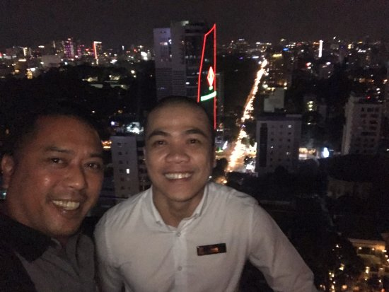 Hotel des Arts Saigon Mgallery: Best service staff