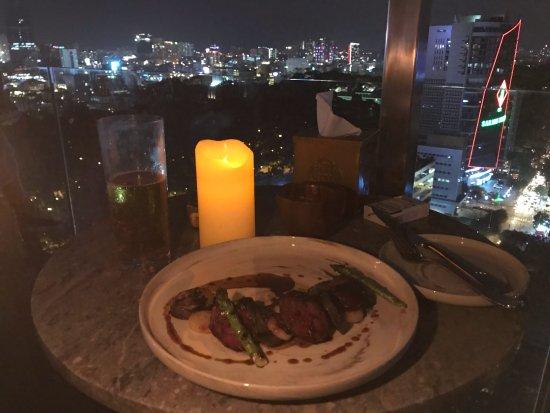 Hotel des Arts Saigon Mgallery: the steak was nice