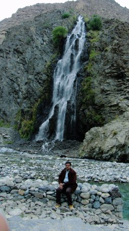 Skardu, Pakistan: Manthoka Waterfall