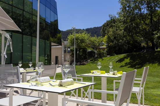 Avene, Francja: Terrasse du restaurant