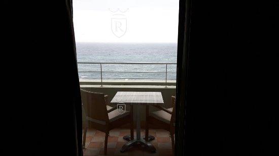 Madeira Regency Cliff: 20171126_084438_large.jpg