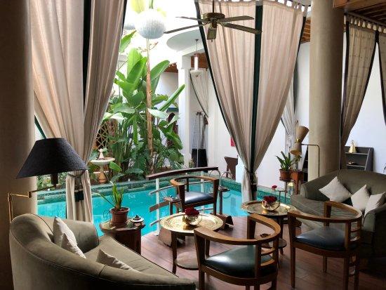 Riad Moucharabieh: Salon aile Matisse