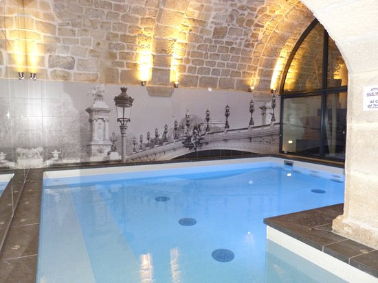 piscine picture of hotel la lanterne paris tripadvisor. Black Bedroom Furniture Sets. Home Design Ideas