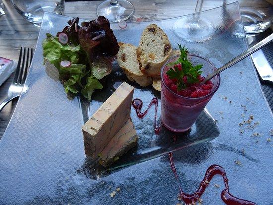 Le Trefle a 4 Feuilles: Foie gras de canard IGP Périgord au vin de pissenlit