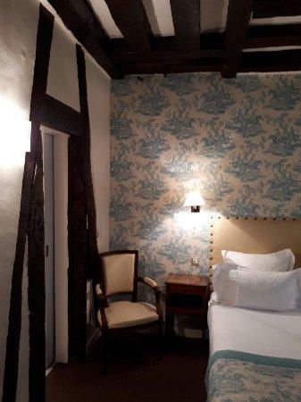Relais Hotel du Vieux Paris: 20171101_132517_large.jpg