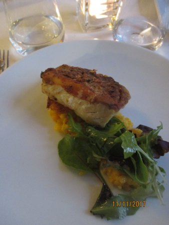 Witwe Bolte : Fish on polenta and greens