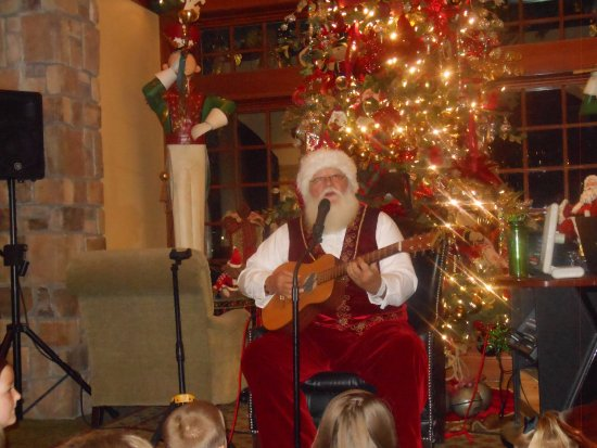 The Inn at Christmas Place: Santa performing at the Inn
