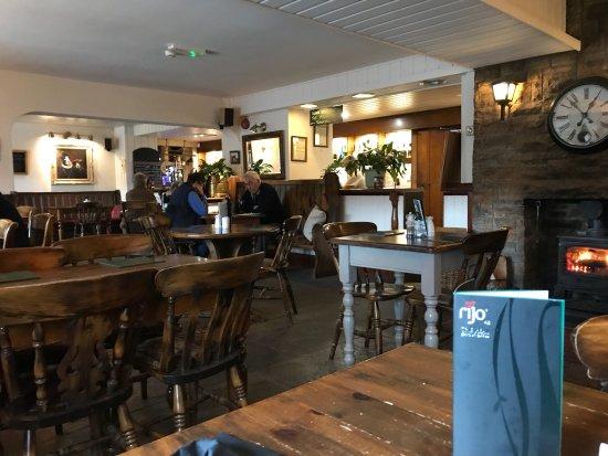 Baslow, UK: photo1.jpg