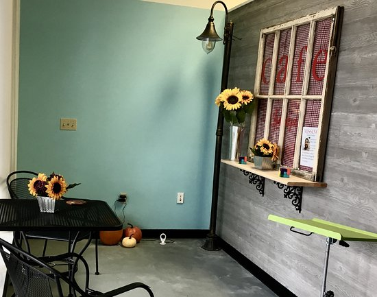 Trinity, FL: Rock Ave Escape Rooms Park, which also serves as our Lobby