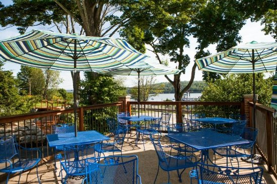Deep River, CT: The patio Overlooking the Connecticut River
