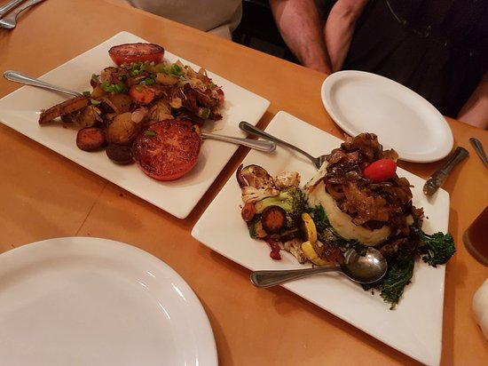 Veg & Grill - A Vegetarian & Seafood Eatery: 20171102_191001_large.jpg