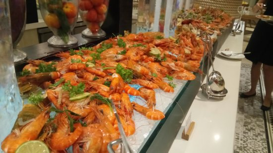 seafood buffet picture of sol beach house phu quoc duong to rh tripadvisor co za