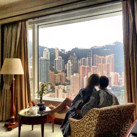 Island Shangri-La Hong Kong: Delux suite Peak View