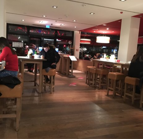 vapiano stuttgart schlossstra e restaurant bewertungen telefonnummer fotos tripadvisor. Black Bedroom Furniture Sets. Home Design Ideas